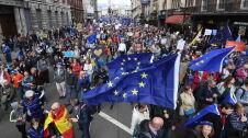 """""""Sunday Times"""": albo zgoda Izby Gmin w tym tygodniu, albo Unia opóźni brexit"""
