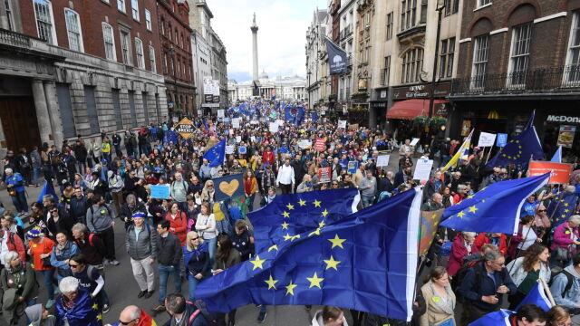 Media: albo zgoda Izby Gmin w tym tygodniu, albo Unia opóźni brexit