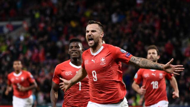 Fatalna murawa nie przeszkodziła Szwajcarom w pokonaniu Irlandczyków