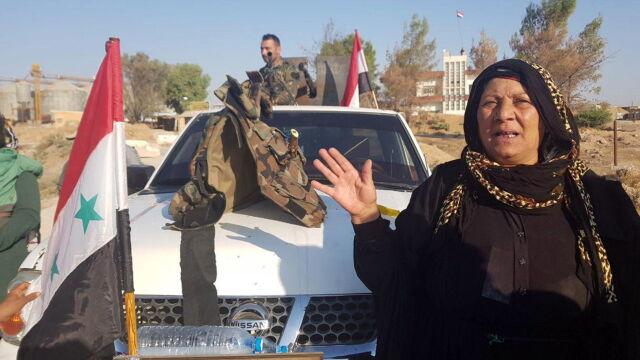 Po siedmiu latach armia Asada wraca do Manbidżu. Na pomoc Kurdom