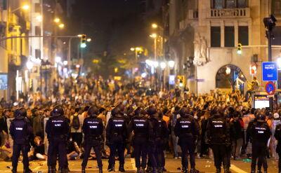 Starcia separatystów z policją na ulicach Barcelony