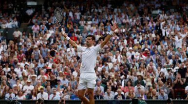 Rywal zagrał świetnie, ale Djoković był poza zasięgiem. Serb wystąpi w finale Wimbledonu