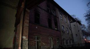 Paliła się kamienica w Chorzowie. Nie żyje jedna osoba