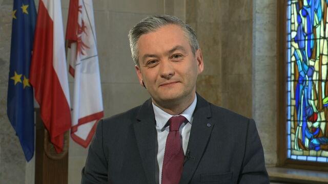 Biedroń: politycy powinni zająć się realnymi problemami, które mamy w Polsce