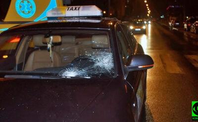 Kobieta przechodziła z dziećmi przez pasy, wjechał w nią taksówkarz. Policja: tłumaczył, że jej nie zauważył