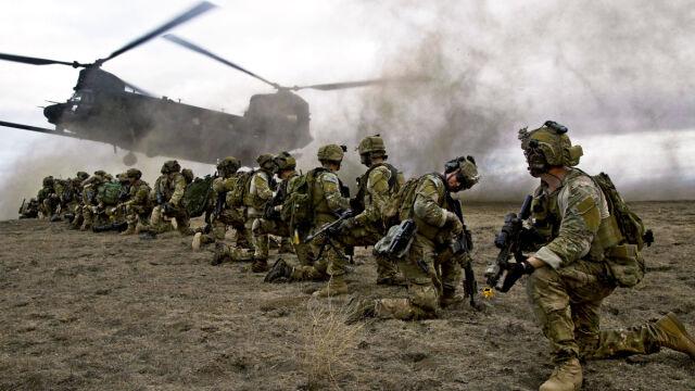 Czerwona linia w Syrii, plan w Afganistanie. CNN wylicza zagraniczne sukcesy Trumpa