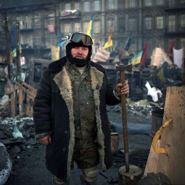 Na Majdan przychodzą zarówno młodzi jak i starsi Ukraińcy