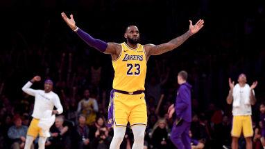 Gwiazdy z triple-double. LeBron James górą po dogrywce