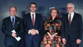 Wspólny toast dla uczczenia 100. rocznicy nawiązania stosunków dyplomatycznych między USA i Polską
