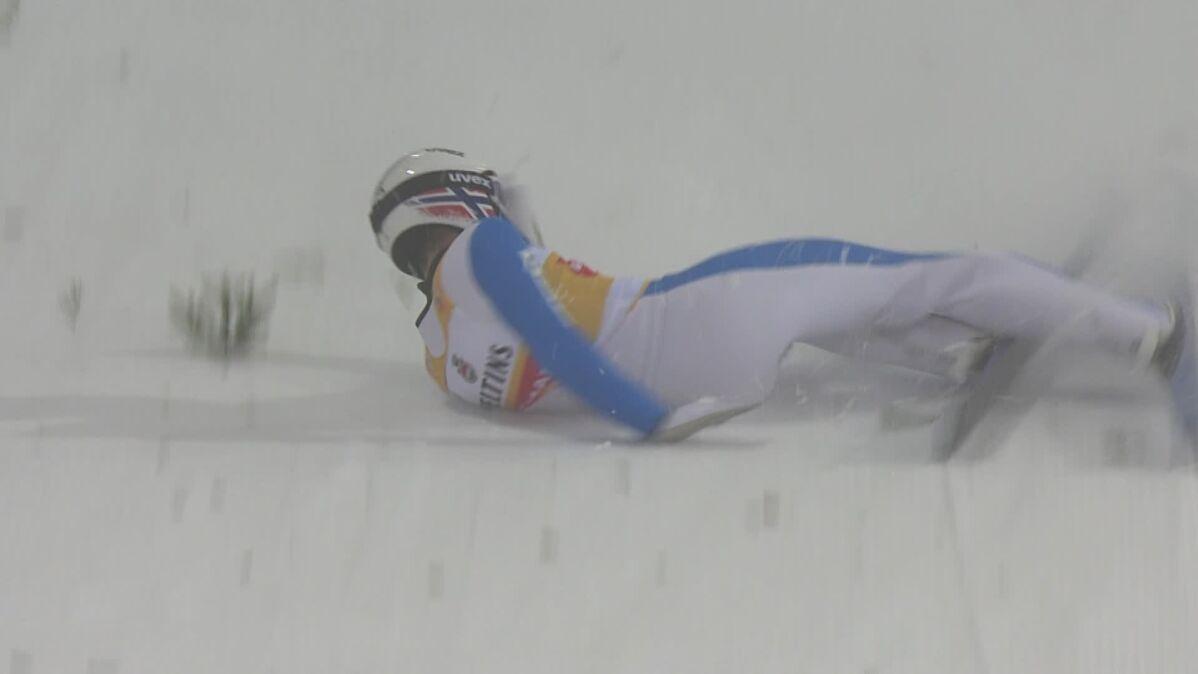 Katastrofa lidera w Lahti. Przeszarżował i stracił zwycięstwo w ostatnim skoku