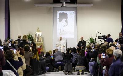 Papież Franciszek odwiedził ośrodek rzymskiej Caritas