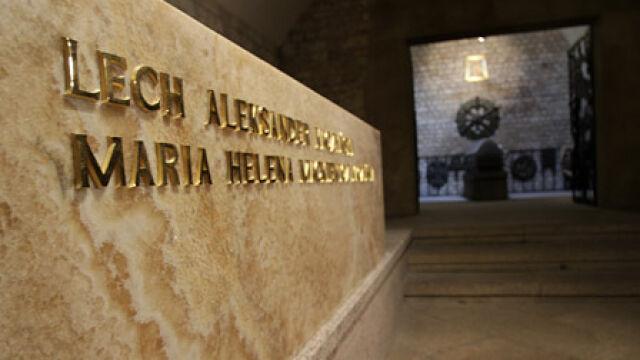 Prezydencka para spoczęła w krypcie na Wawelu