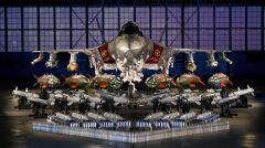 Reklamowe zdjęcie F-35 z różnymi rodzajami uzbrojenia, które może przenosić. Udźwig myśliwca jest ograniczony, jeśli chce się zachować właściwości stealth. Można go zwiększyć podwieszając uzbrojenie pod skrzydłami, jak na zdjęciu. Oznacza to jednak drastyczne zwiększenie echa radarowego