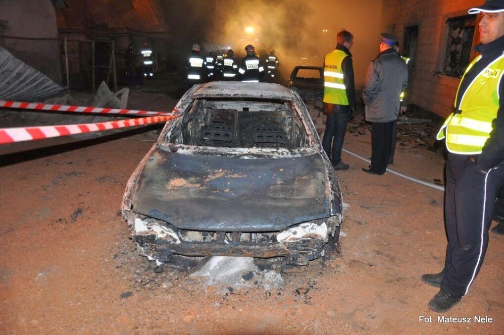 Strażakom pomagało 296 policjantów