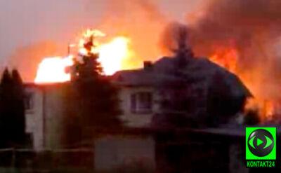 Płomienie zajęły kilka budynków po wybuchu gazu