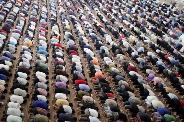 W 2050 r. liczba chrześcijan i muzułmanów może się zrównać