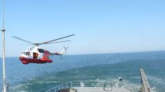Mi-14 mogą lądować i startować z wody. To jeden z nielicznych śmigłowców zdolnych do takiego manewru, choć jest on trudny i wymaga dużych umiejętności załogi