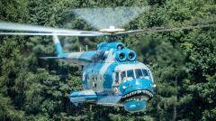 Mi-14 są największymi polskimi śmigłowcami. Bardzo udana radziecka konstrukcja, ale stara. Polskie Mi-14 kupiono w latach 80. Pierwsze już wycofano ze służby ze względu na zużycie