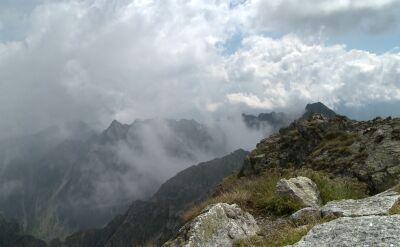 Jak się zachować w górach podczas burzy?