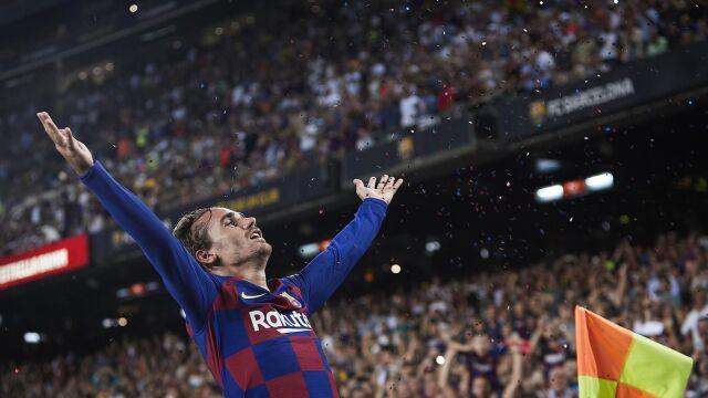 Piękny gol, w powietrzu garść konfetti. As Barcelony skopiował rytuały mistrzów