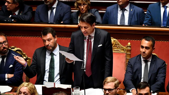 Premier Włoch poda się do dymisji. Wicepremier: dziękuję i nareszcie