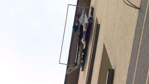 Dwulatek wypadł z okna na trzecim piętrze