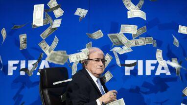 Były szef FIFA domaga się zawieszenia obecnego.