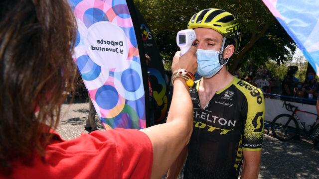 Simon Yates wycofany z Giro d'Italia. Miał pozytywny wynik testu