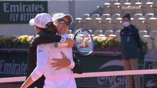 Świątek i Melichar awansowały do półfinału gry podwójnej kobiet w Roland Garros