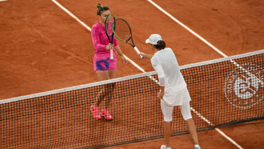 Świątek w prime timie. Wtorkowy plan transmisji z Roland Garros