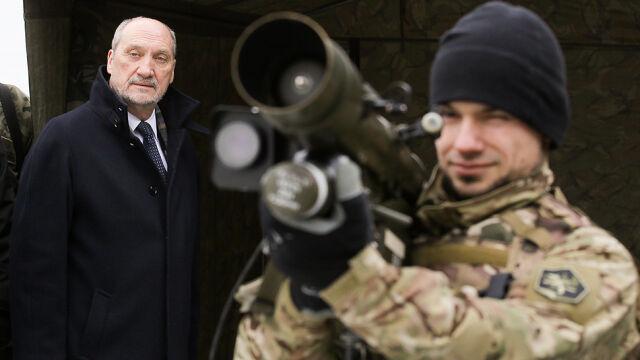 """Obrona terytorialna? """"Ojciec założyciel""""  i jego """"weekendowi żołnierze"""""""