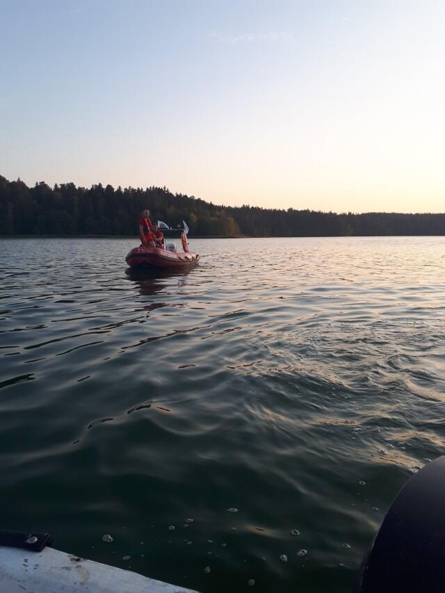 Płetwonurek nie wypłynął z jeziora. Znaleziono jego ciało