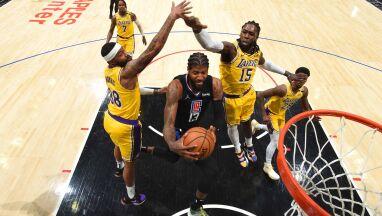 Derby dla Clippers. Coraz trudniejsza sytuacja mistrzów NBA