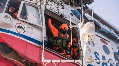 Załoga śmigłowca Mi-14 PŁ/R podczas akcji
