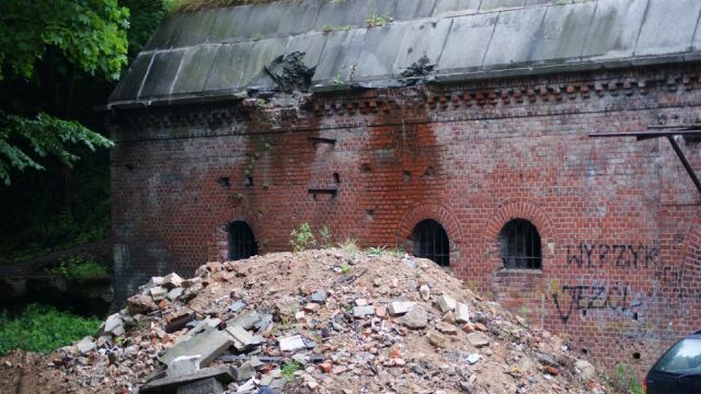 Poznański fort okradziony z gruzu
