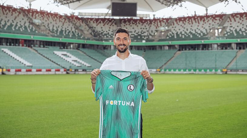 """Reprezentant Serbii zagra w Warszawie. """"Potrzebowałem takiego klubu jak Legia"""""""