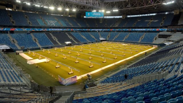 """Rosyjski stadion otwarty dla kibiców w trakcie Euro. """"Mamy porozumienie z rządem"""""""