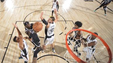 Znowu sensacyjna wygrana Nets. Znakomita skuteczność Lillarda