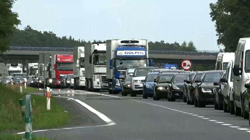 Gigantyczny korek na autostradzie A2