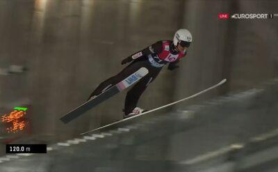 Skok Piotra Żyły z kwalifikacji do konkursu w Oslo