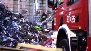 Pożar w zakładzie recyklingu odpadów
