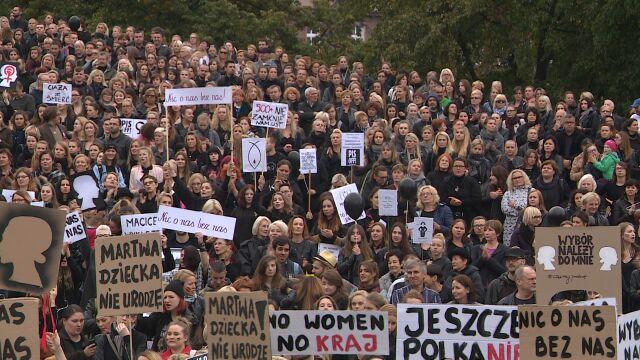 Dopuścić karanie kobiet za aborcję. Polska pisze do ONZ i chce zmiany zapisów