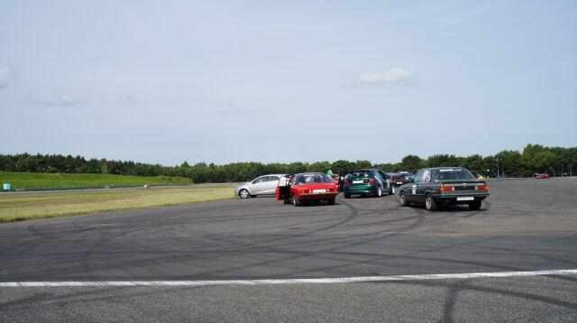 W trakcie Track Day kierowcy mogą skorzystać z porad instruktorów