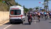 Ambulans próbował wyprzedzić peleton na ostatnich kilometrach 3. etapu Tour of Turkey