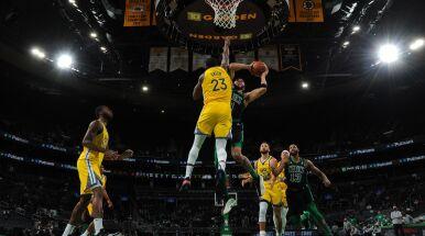 Skuteczna pogoń Boston Celtics przyćmiła 47 punktów Curry'ego