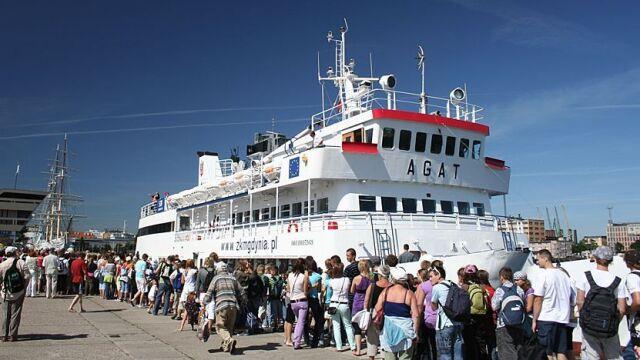 Wakacyjne atrakcje w Gdyni:  tramwaj wodny i stare trolejbusy