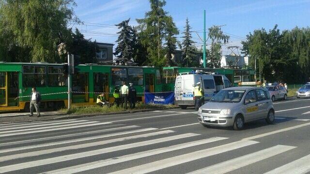 Kobieta wpadła pod tramwaj. Zginęła na miejscu