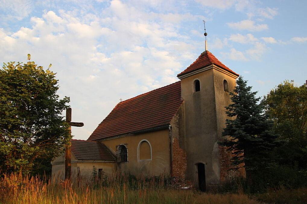 Kościół w wysiedlonej miejsowości Wróblin Głogowski