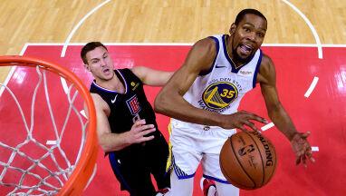 Durant poprowadził mistrzów do awansu. Sam mógł pobić rekord Jordana