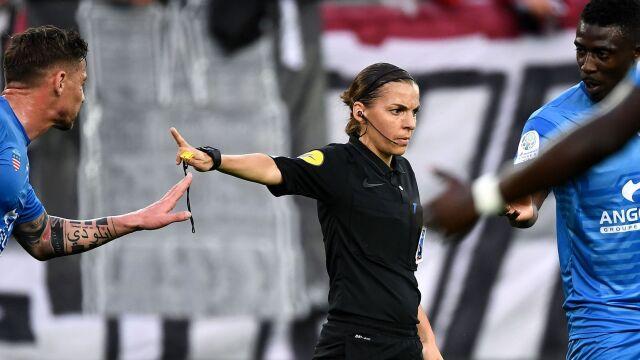 Nowość we Francji. Kobieta poprowadzi mecz Ligue 1